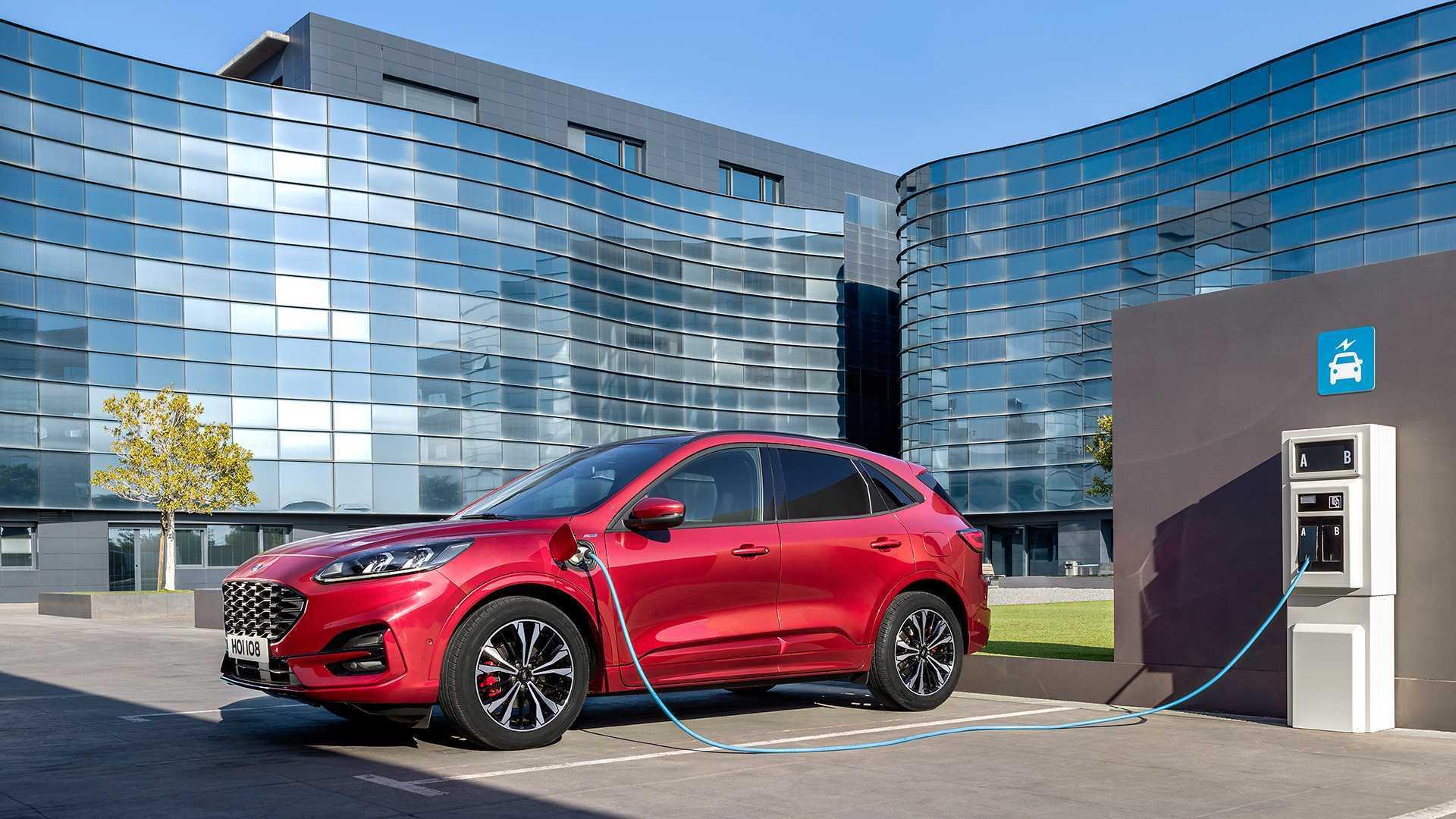 Ford Escape PHEV светит в апреле Статистика продаж