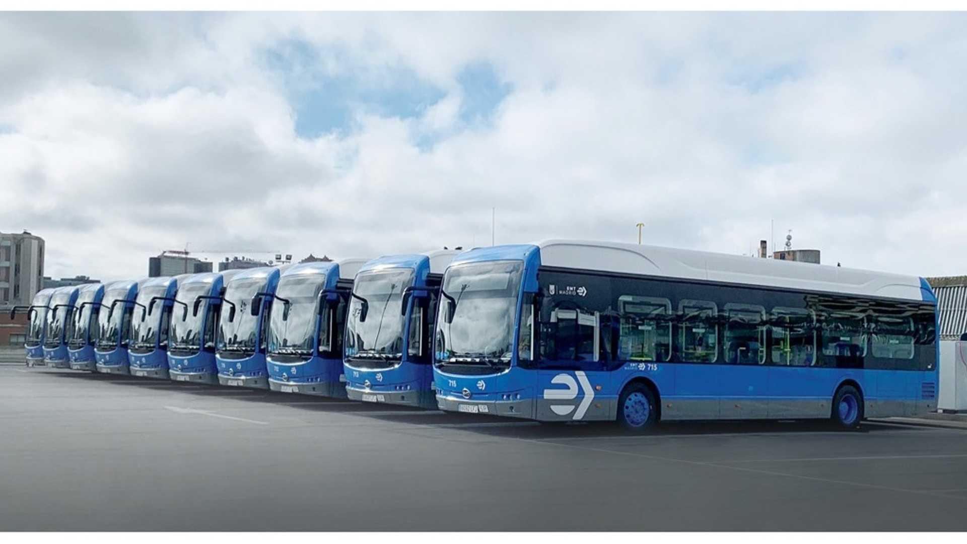 BYD доставил 15 электрических автобусов в Мадрид