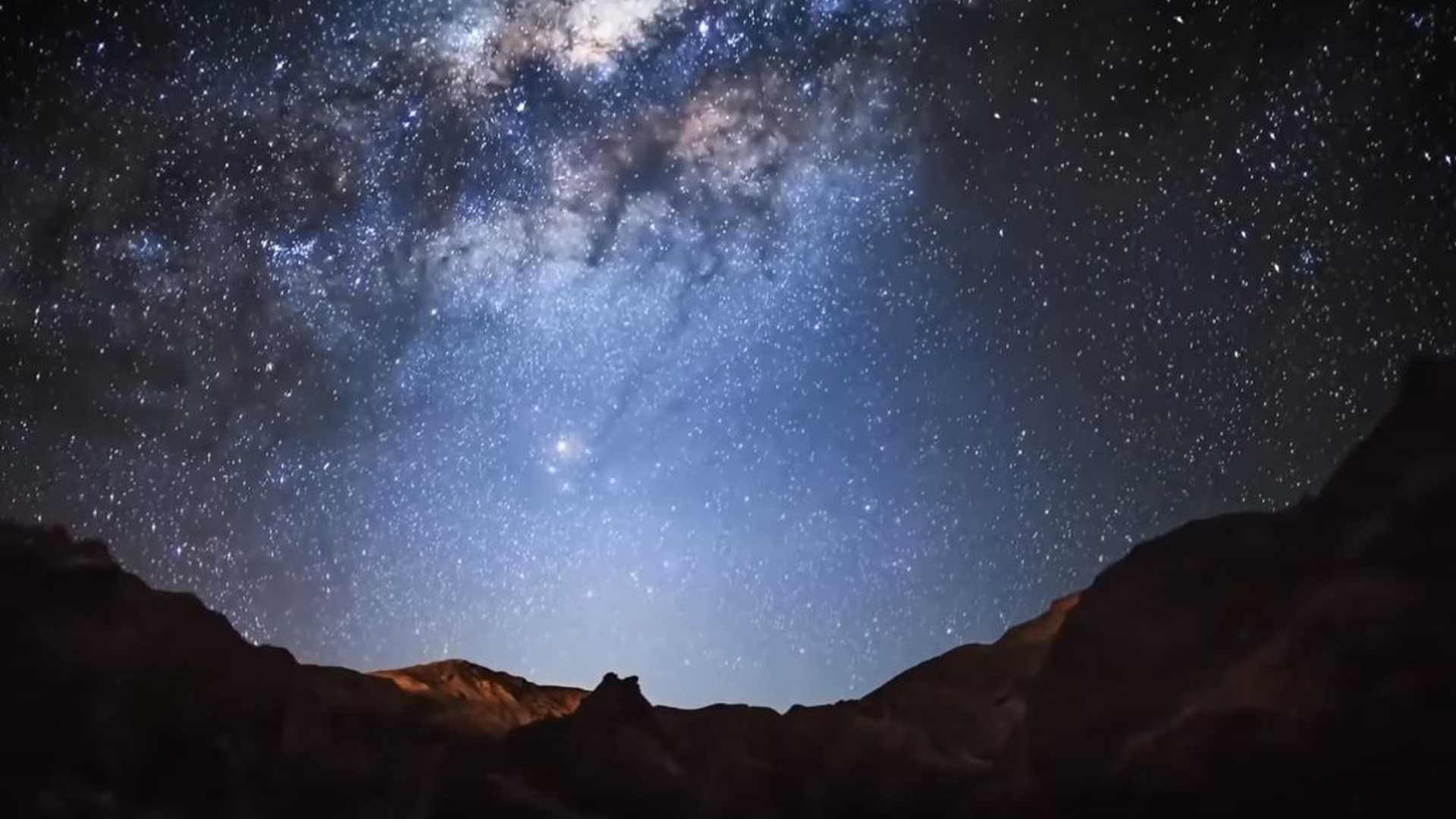 SpaceX внедряет проект Starlink с «Darksat», чтобы спасти ночное небо