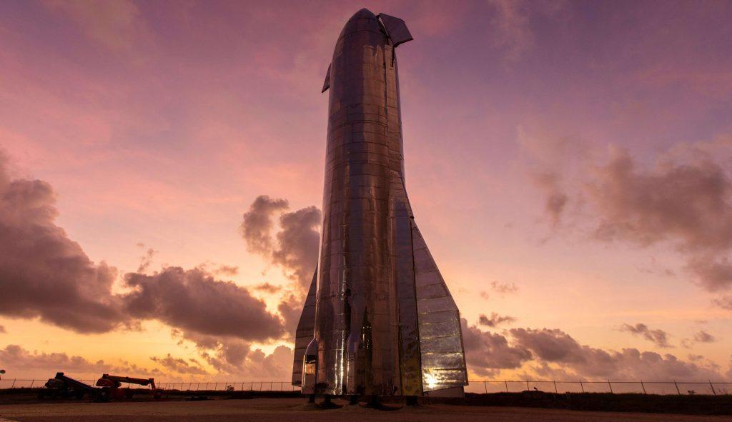 Ракета космического корабля SpaceX Starship достигает полной высоты во второй (или первый) раз
