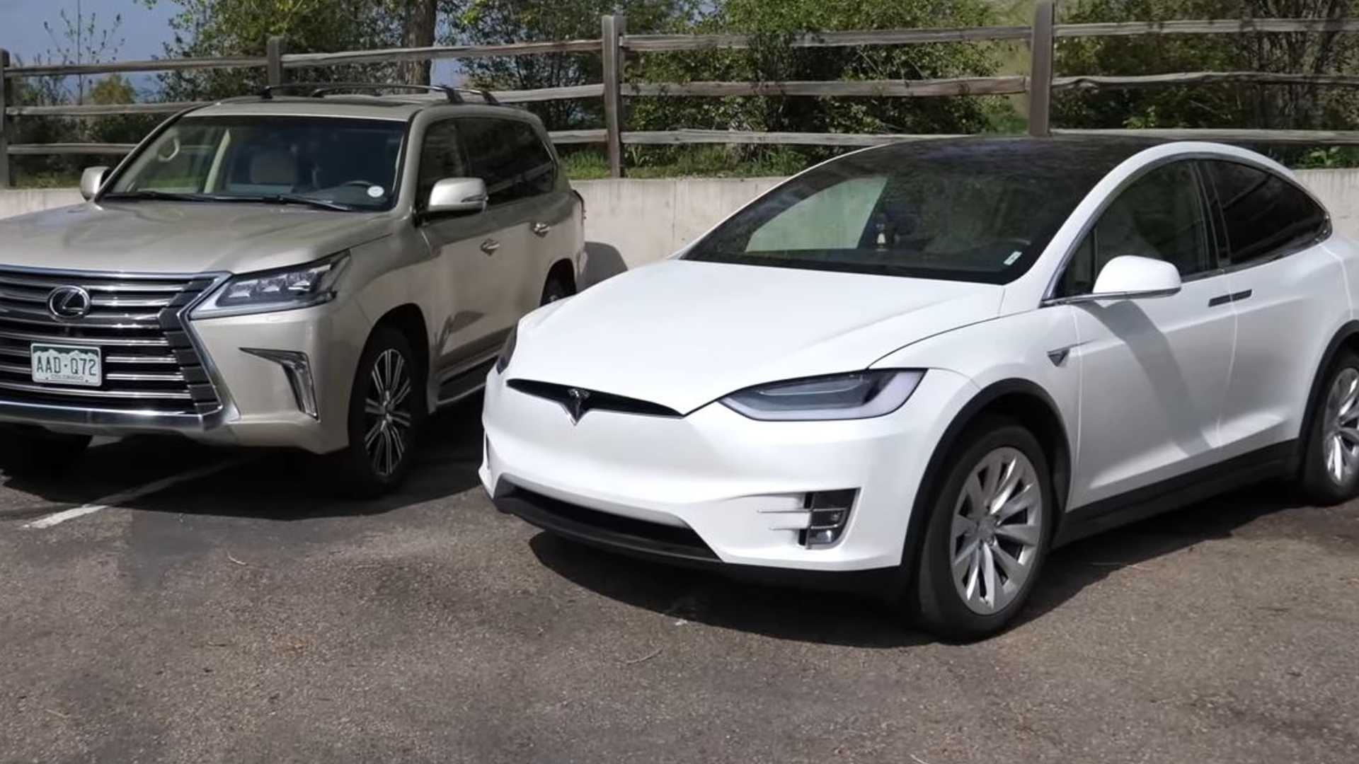 Электрический или газовый внедорожник для буксировки? Модель Тесла X против Lexus LX