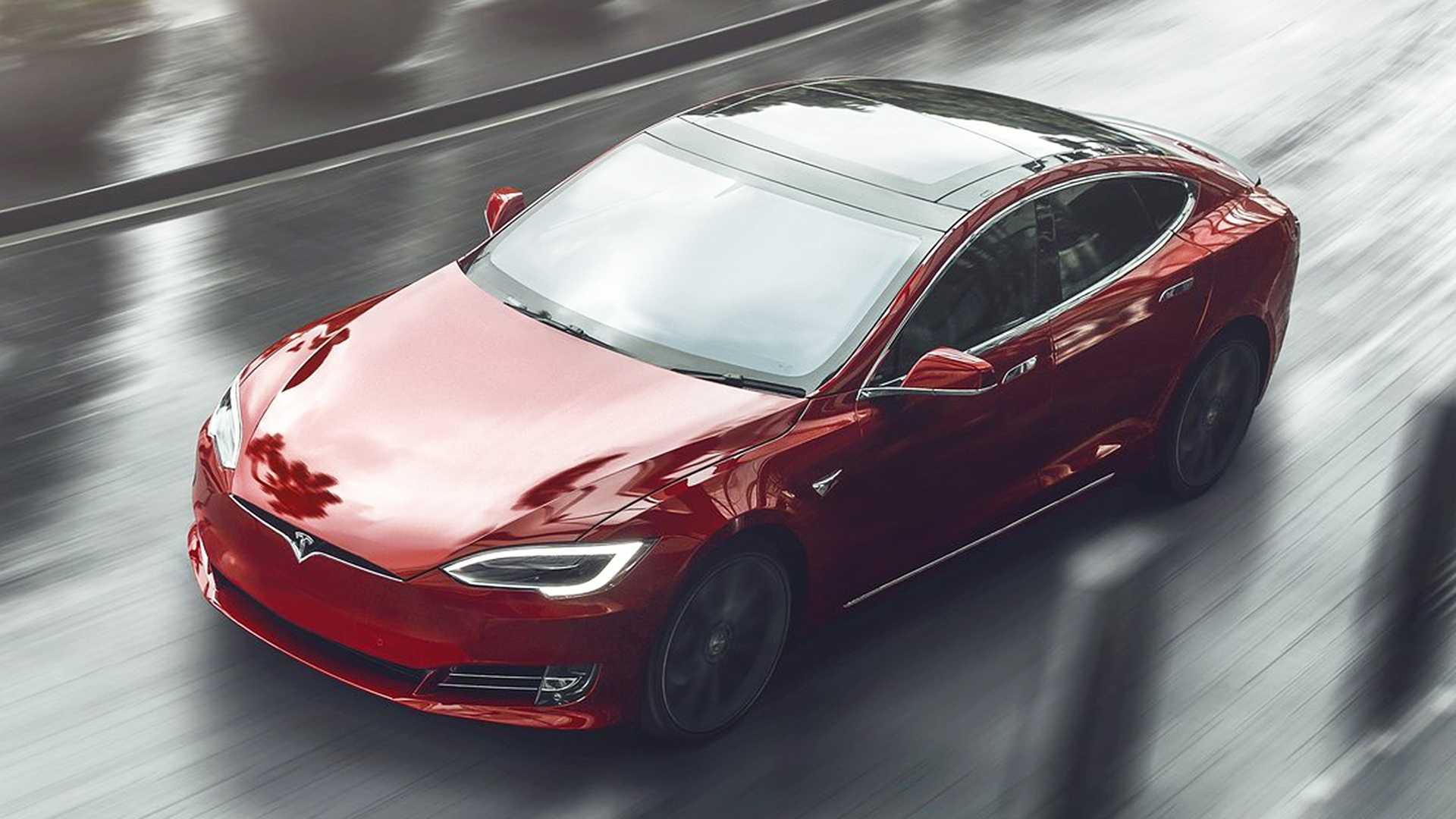 Тесла Модель S Performance получает лучшие награды современного автомобиля Muscle