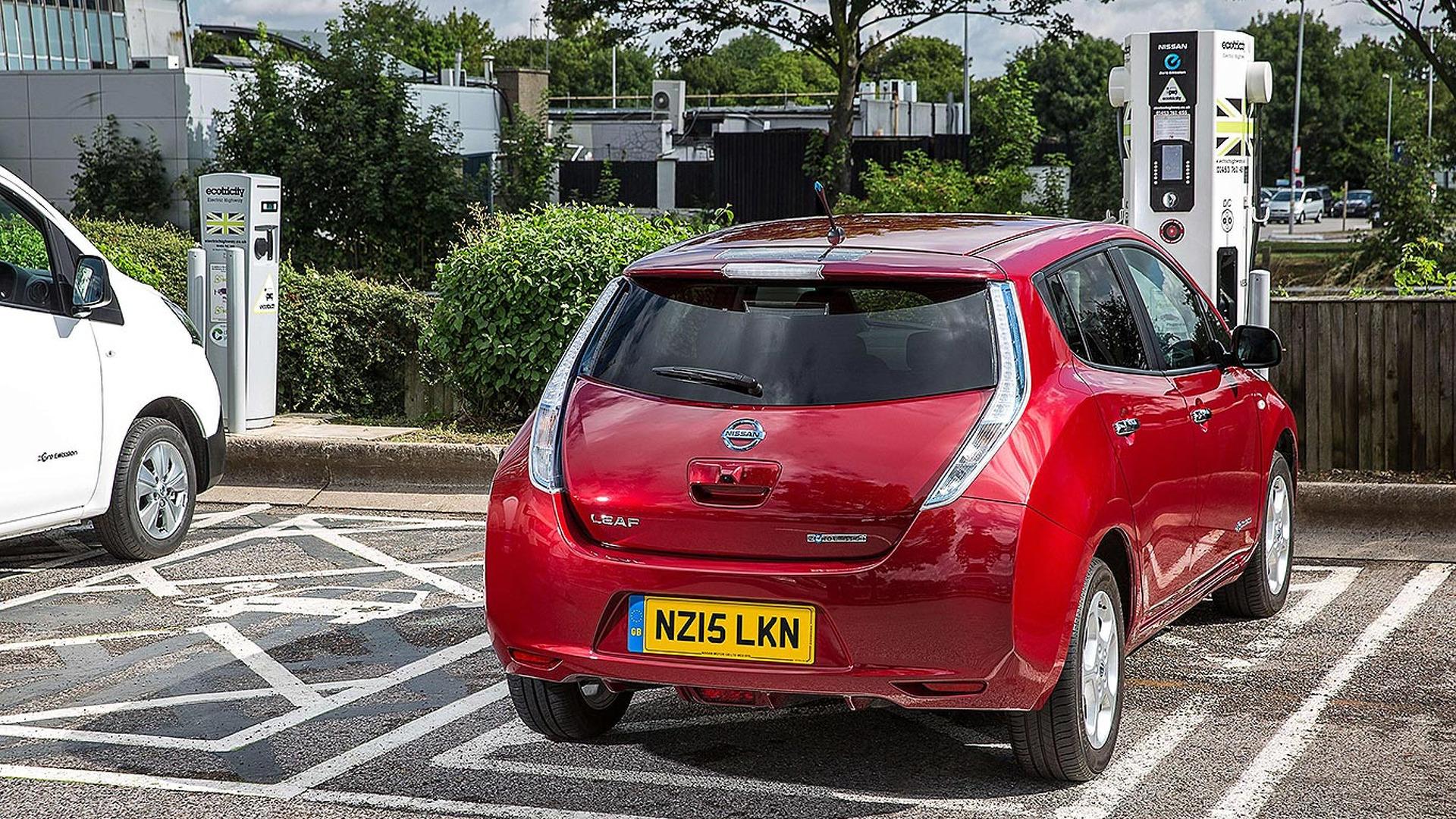 60 процентов британских водителей «слишком утомлены», чтобы купить электромобиль