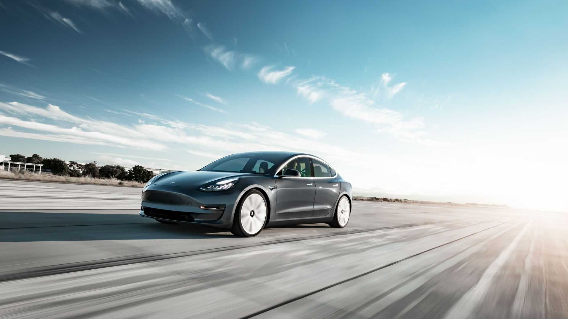 Продажи Tesla Model 3 в Австрии несмотря на общее замедление