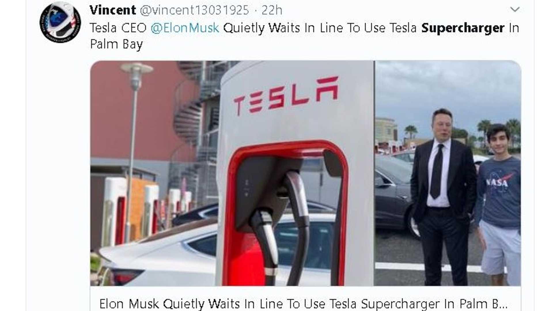 Генеральный директор Tesla Элон Маск ждет суперчаржера, встречает владельцев и поклонников