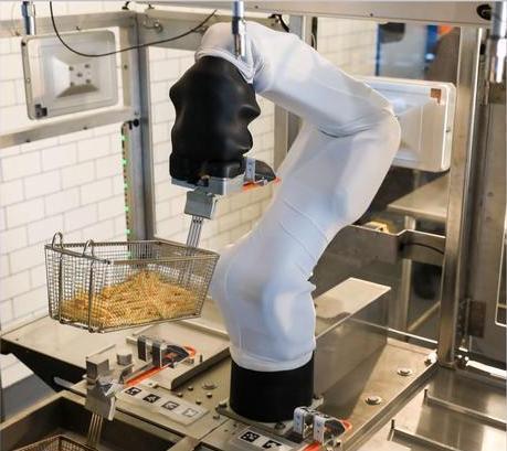 Автономный робот-шеф едет на кухню, питается от ИИ