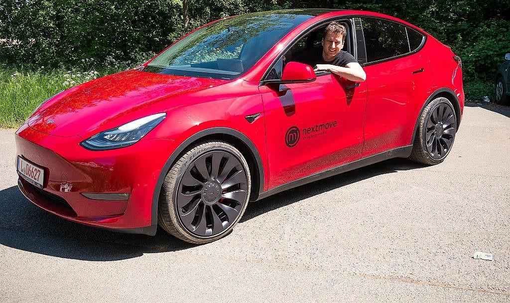 Tesla Model Y выигрывает у прокатной фирмы EV, которая отказалась от 100 заказов Model 3 из-за проблем со сборкой