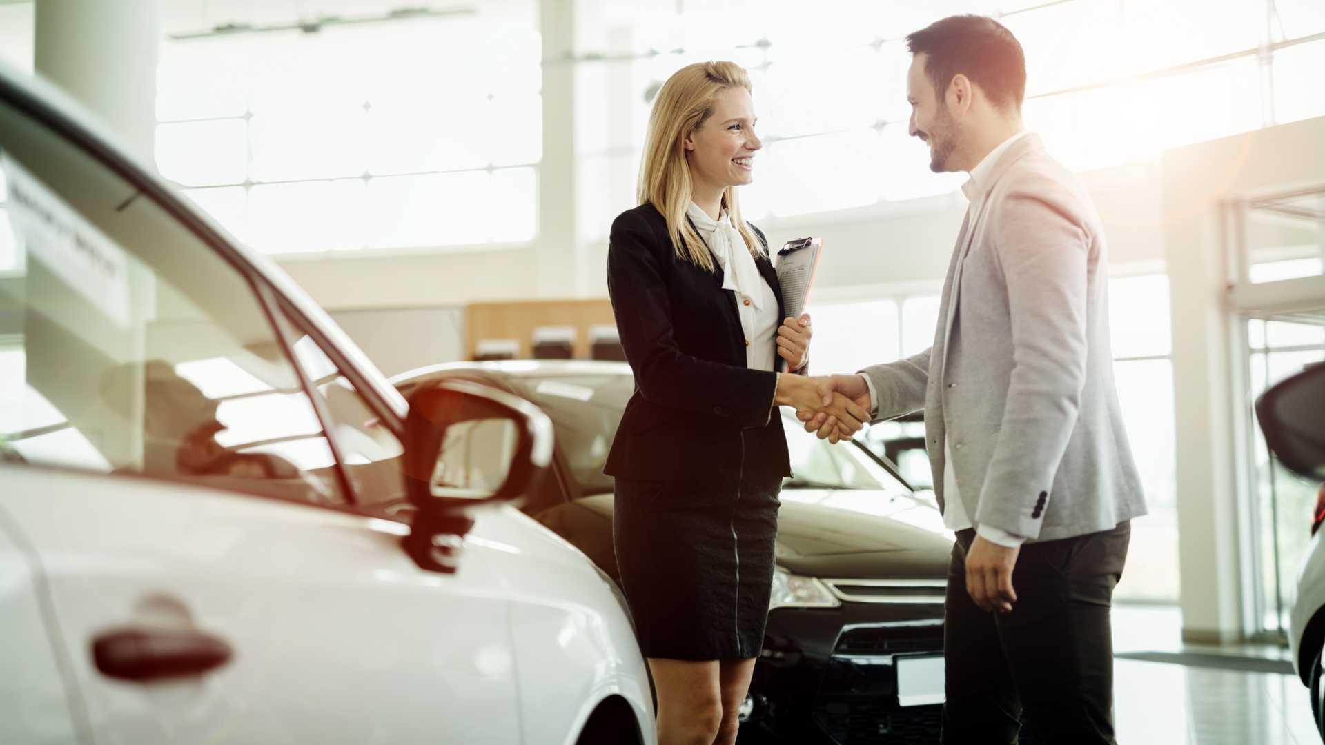 Тенденции Google указывает на быстрое восстановление электрических продаж автомобилей в Великобритании