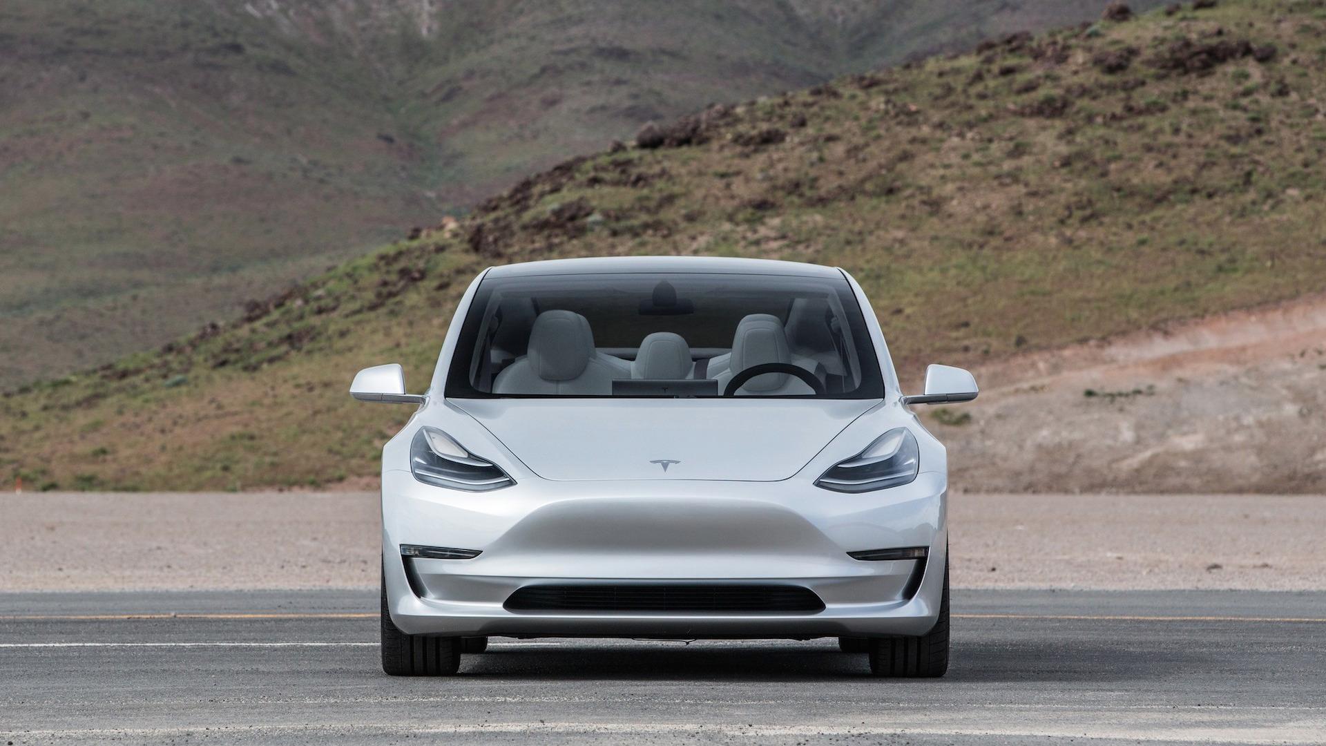 В Мае Подключаемых К 2020 Году Продажи Электромобилей Спустились 32%