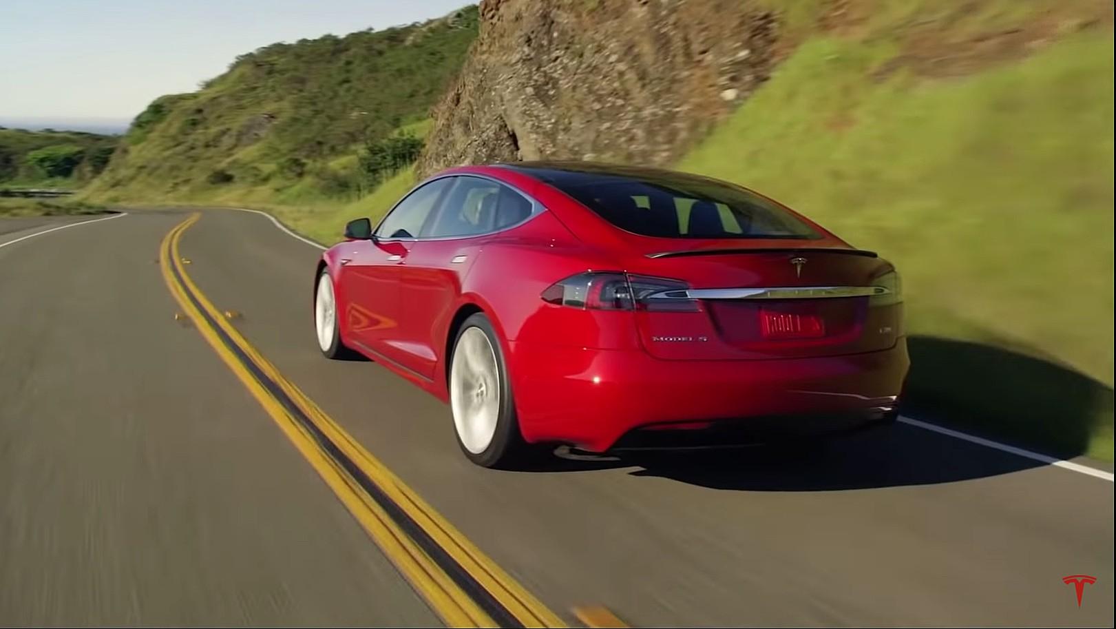 Tesla Model S, 3, X в списке «10 лучших автомобилей американского производства» в списке Cars.com