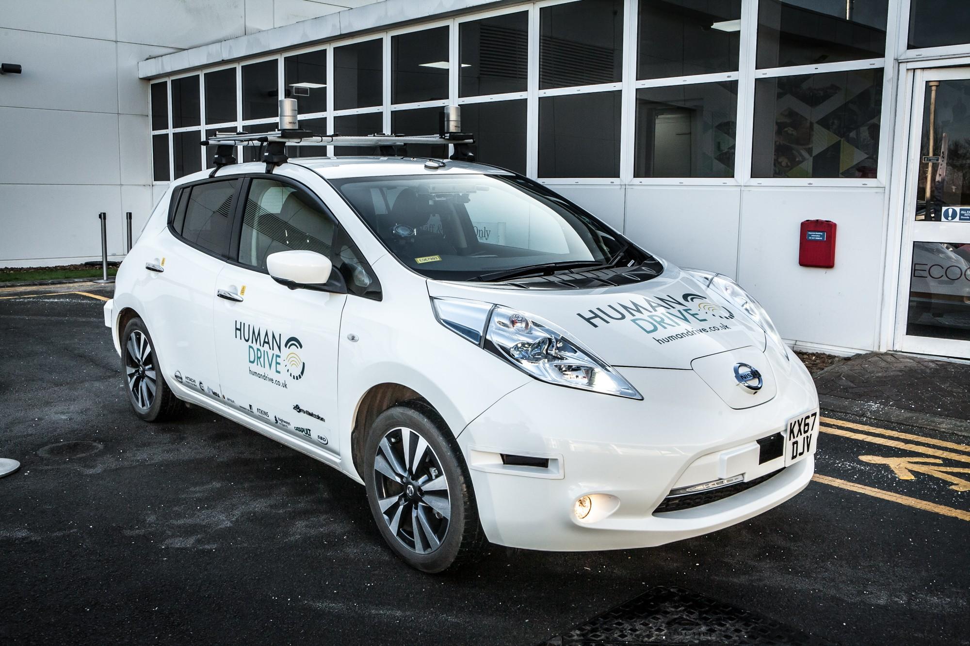 А на крыше стоит ведро за 40 тысяч фунтов: почему Nissan делает беспилотники?