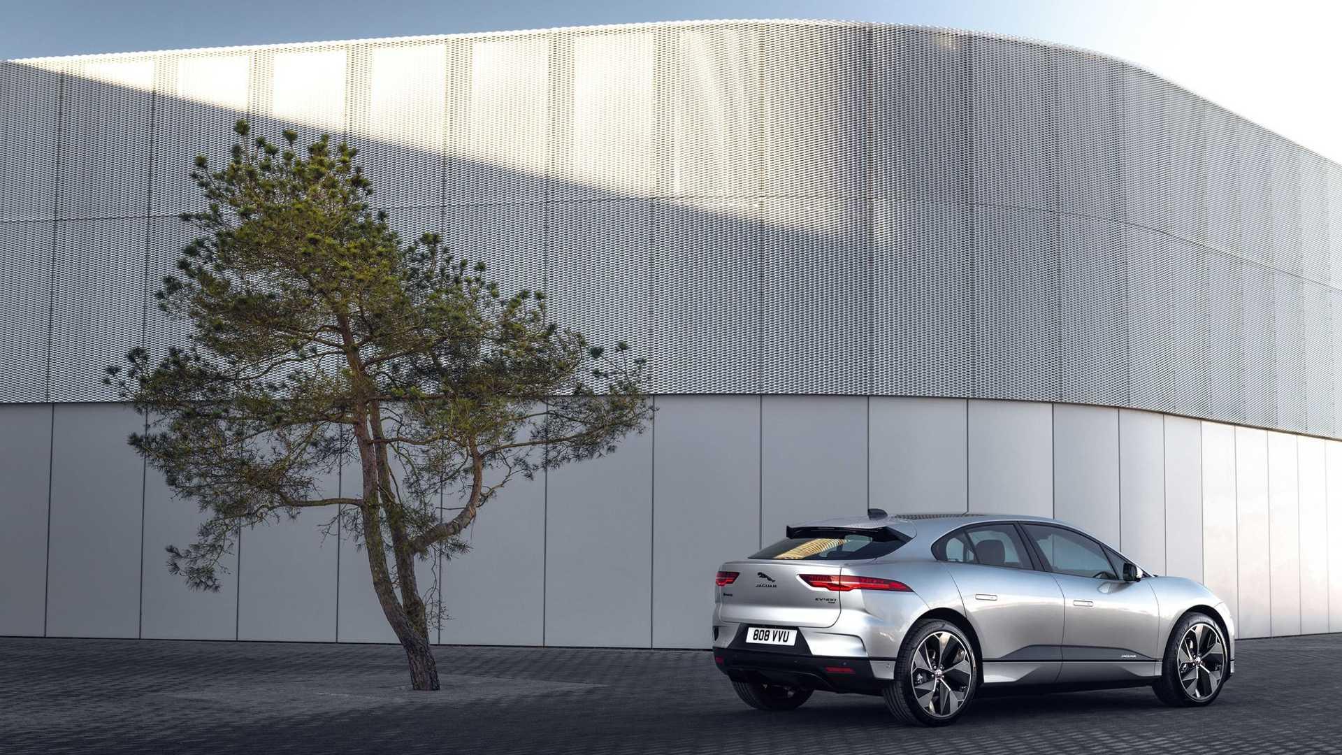 Jaguar Land Rover сказал, что будет работать над внедорожником на топливных элементах
