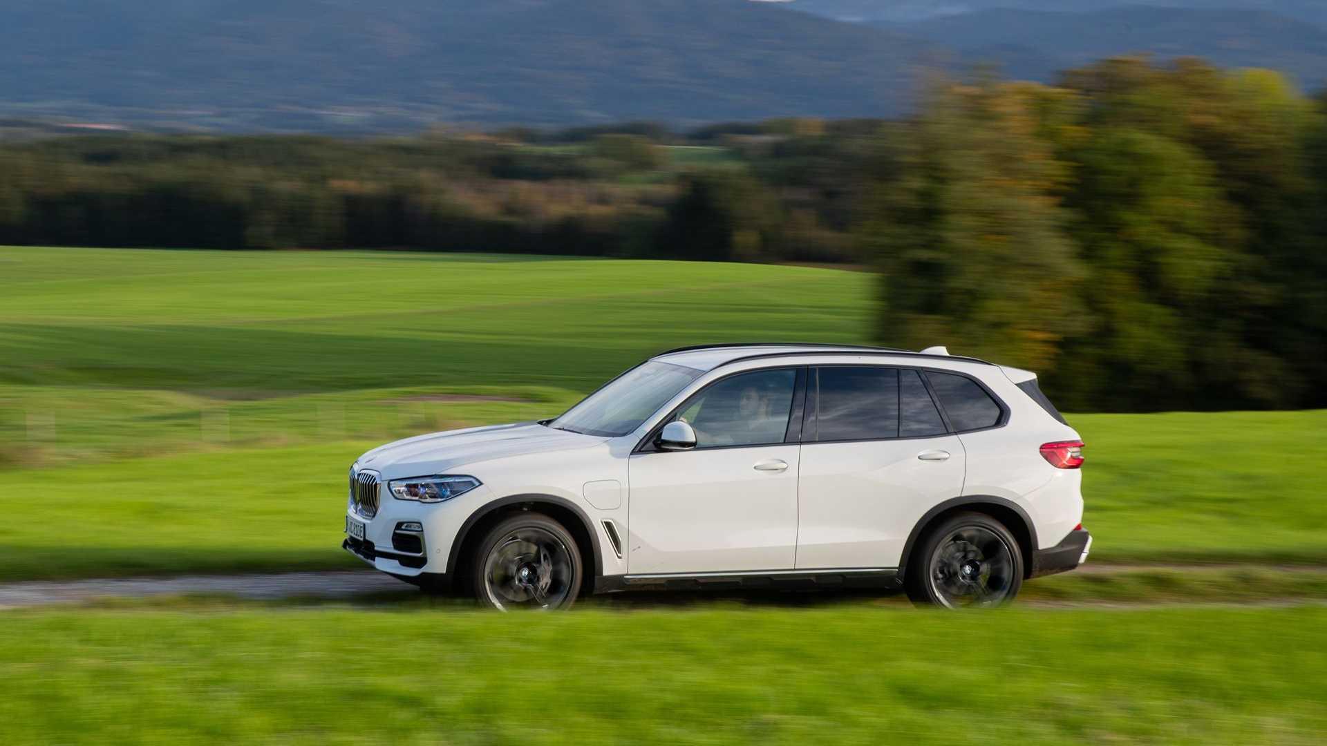 BMW Group раскрывает свои позиции на рынке подключаемых электромобилей: апрель 2020 г.