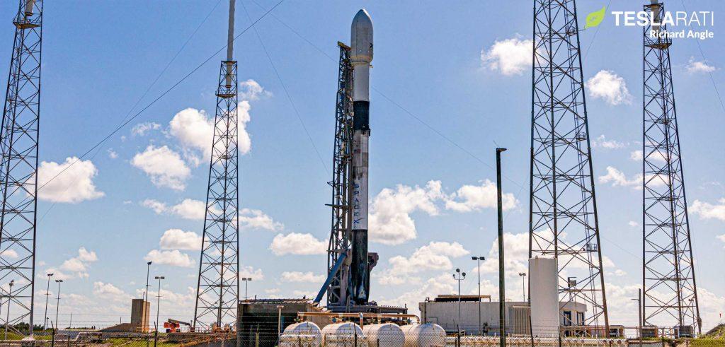 SpaceX запускает шоу Starlink Spectacular East Coast Light Show