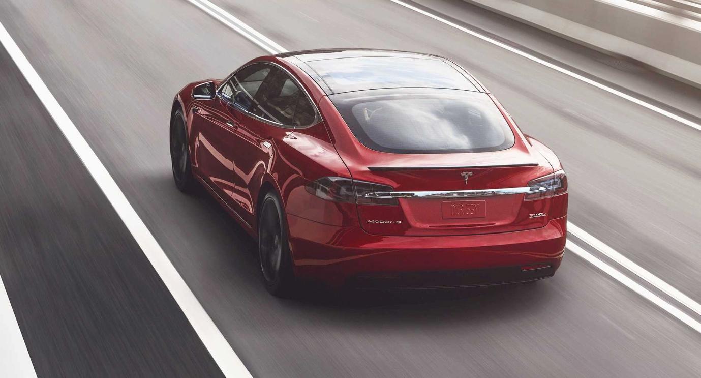 Tesla входит в тройку лидеров в списке самых надежных автомобильных брендов в ОЗ