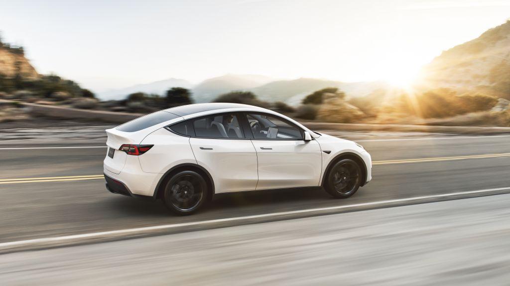 Tesla запускает конфигуратор Model Y в Китае