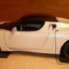 Последний родстер Tesla, когда-либо построенный, продается с огромной ценой