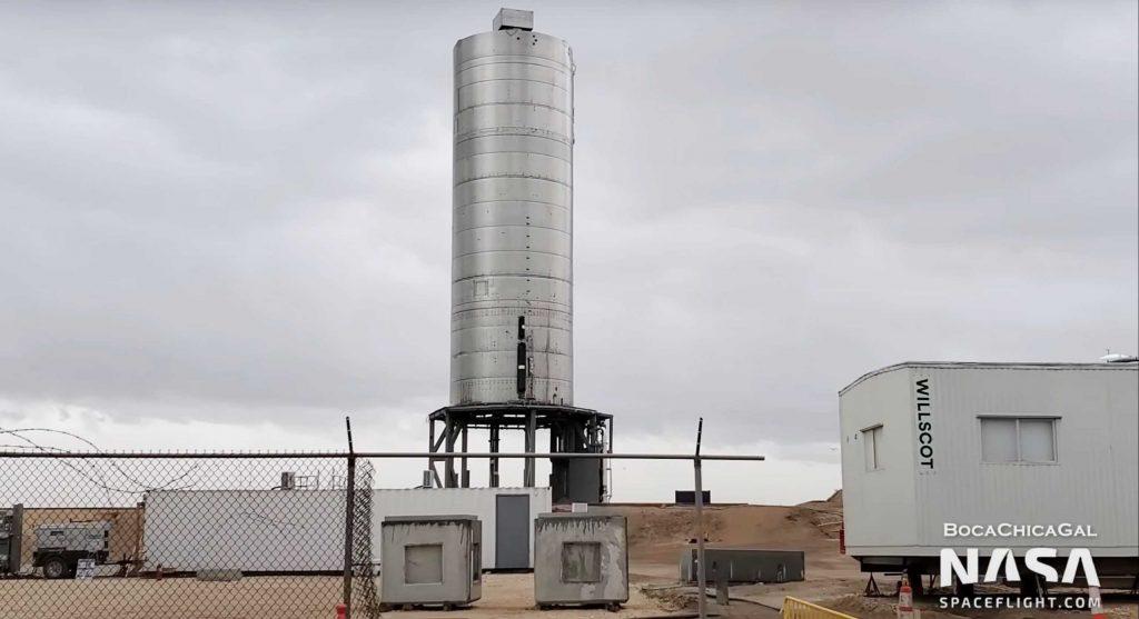 Звездный завод SpaceX и ракетные прототипы погоды техасский ураган