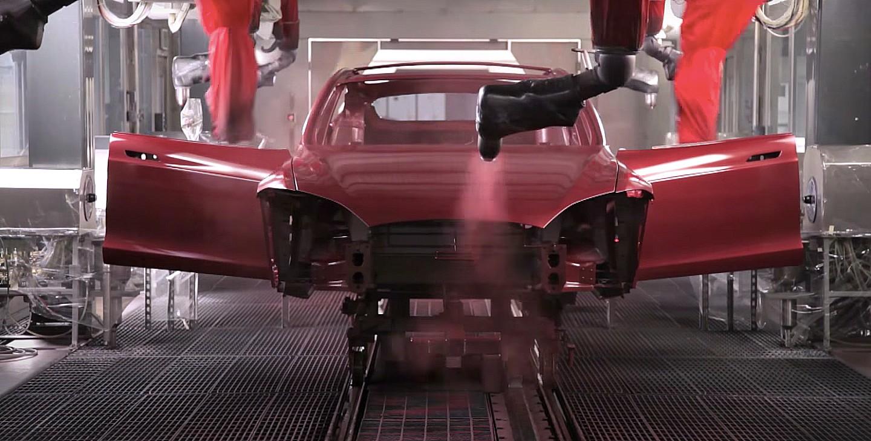 Элон Маск Теслы раскрывает первый из уникальных вариантов краски Giga Berlin