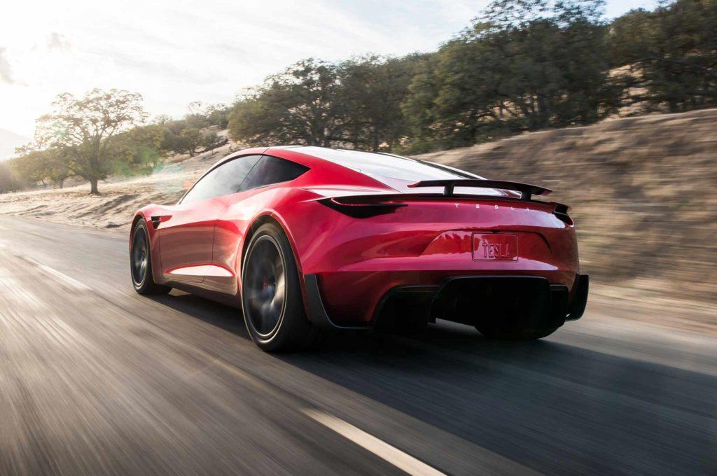 Musk предлагает новые подробности о производстве родстеров Tesla