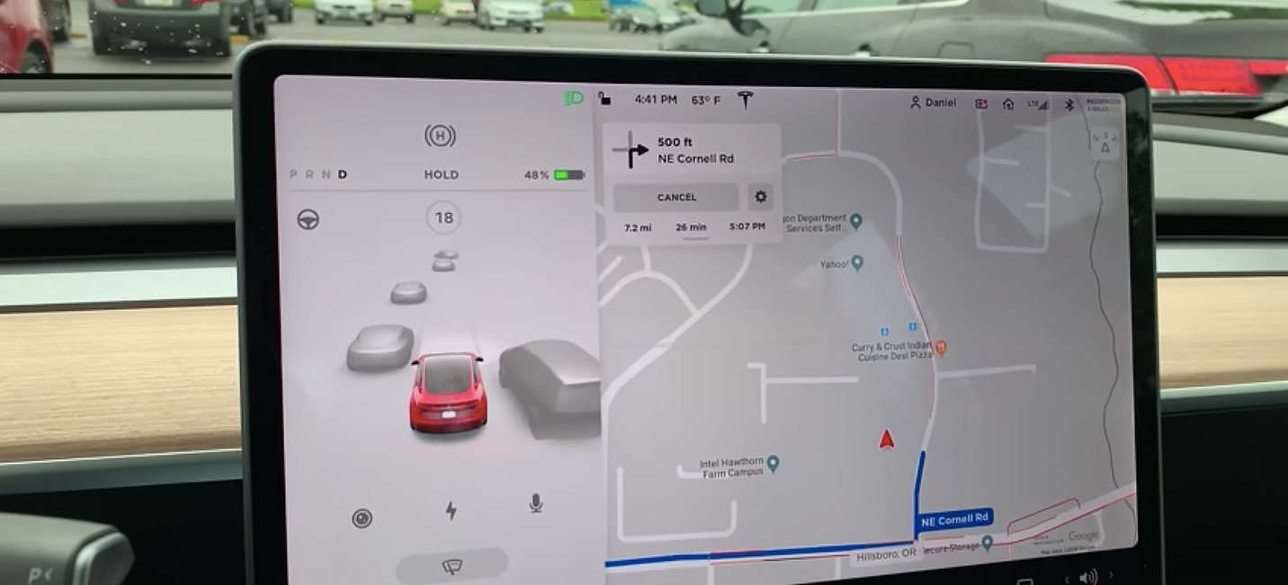 Визуализация вождения Теслы скоро будет изображать транспортные средства компании