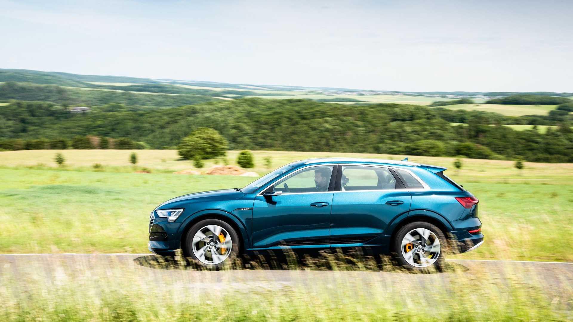 Во втором квартале 2020 года Audi продала более 1100 внедорожников e-tron в США.