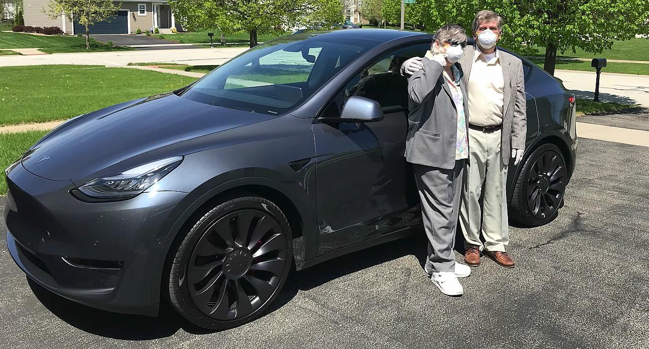 Победители реферальной программы Tesla Model Y делятся впечатлениями о замечательном выигрыше в лотерее