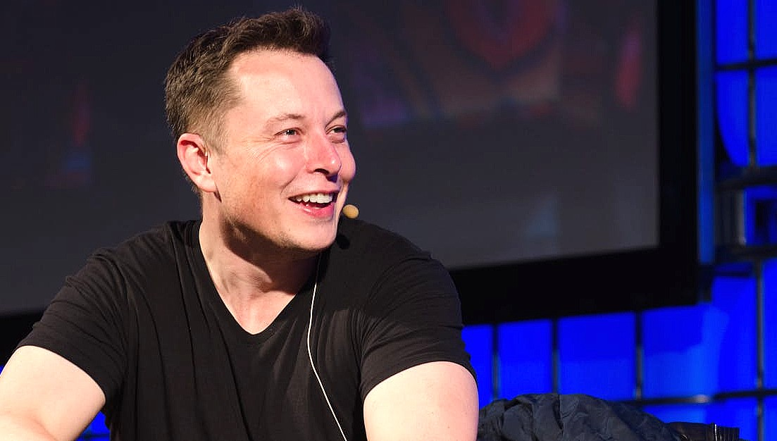 Илон Маск направляется в Германию за автомобилями Tesla и вакцинами