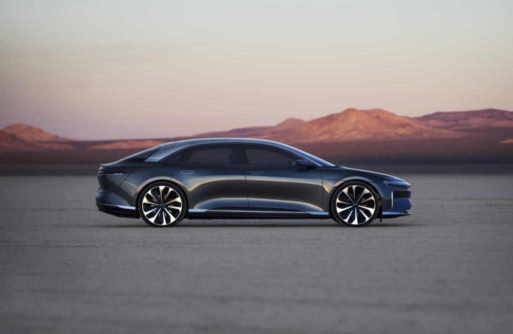 Lucid говорит, что седан 2021 года будет иметь 500 миль запаса хода