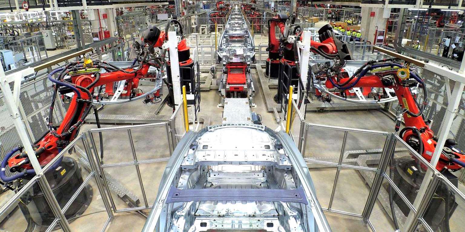 Tesla (TSLA) достигла рыночной капитализации в 420 млрд долларов, показав прирост более 420% с начала 2020 года