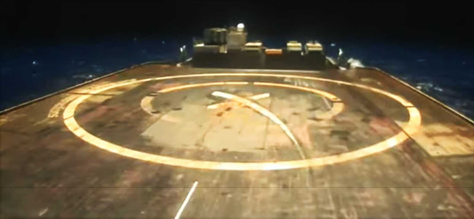 Корабль-дрон SpaceX направляется в море для следующего запуска и посадки Falcon 9 Starlink
