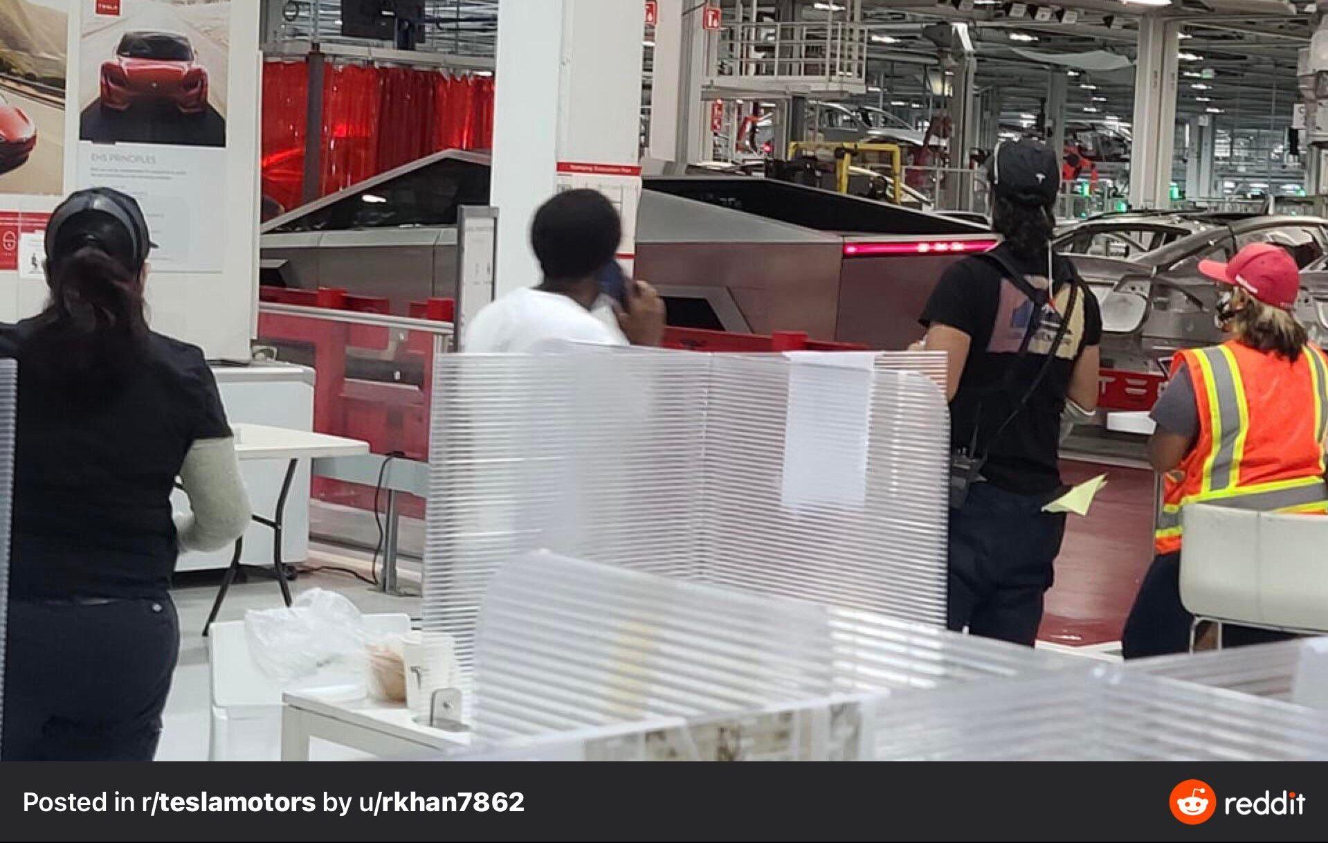 Прототип Tesla Cybertruck замечен на производственных линиях во Фремонте