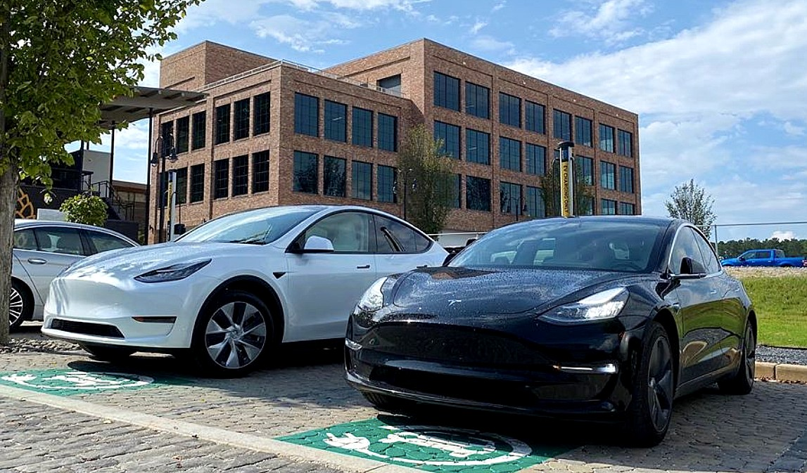 Данные показывают, что эффективность Tesla Model Y превосходит раннюю модель 3
