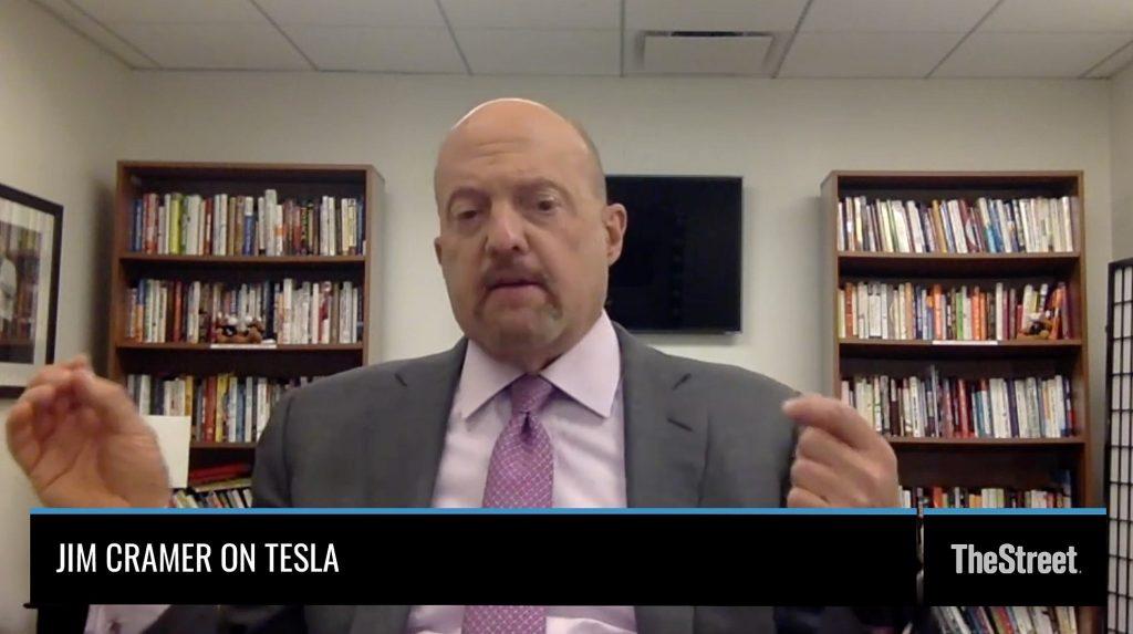 Джим Крамер считает, что для дня батареи Tesla (TSLA) нужно что-то большое, чтобы избежать нависания