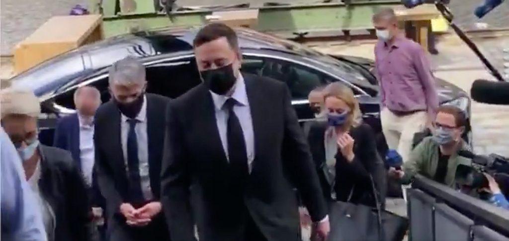 Генеральный директор Tesla Илон Маск прибыл в Берлин на встречу с министром экономики Германии