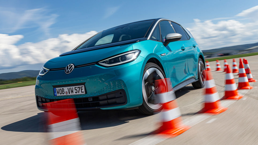 """Volkswagen ID.3 подвергается резкой критике за качество сборки и """"недоработанную"""" электронику от немецкого автомобильного журнала"""