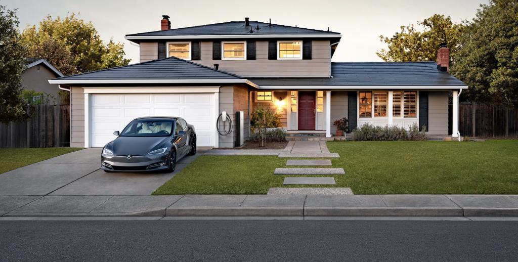 Tesla демонстрирует долговечность Solar Roof, снижая цены