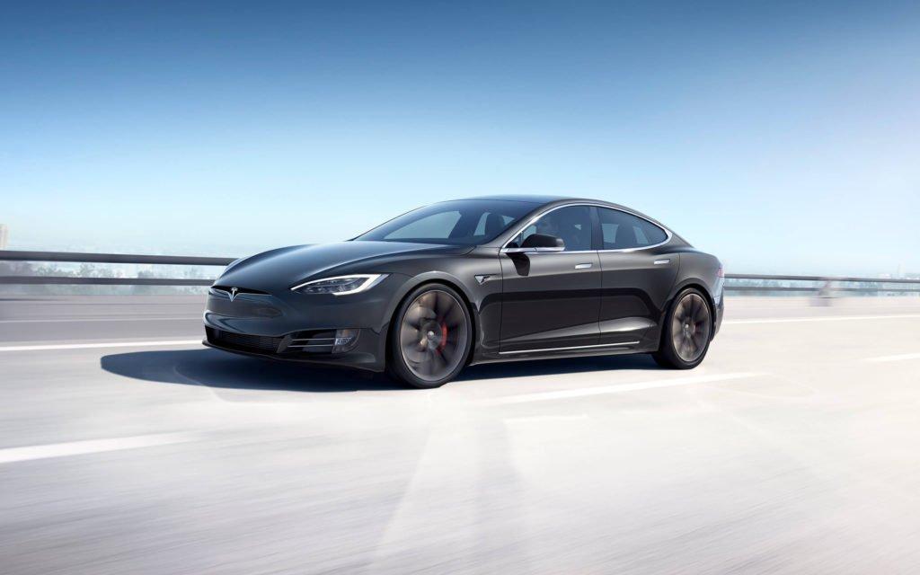 Цена на Tesla Model S снижена до 71 900 долларов