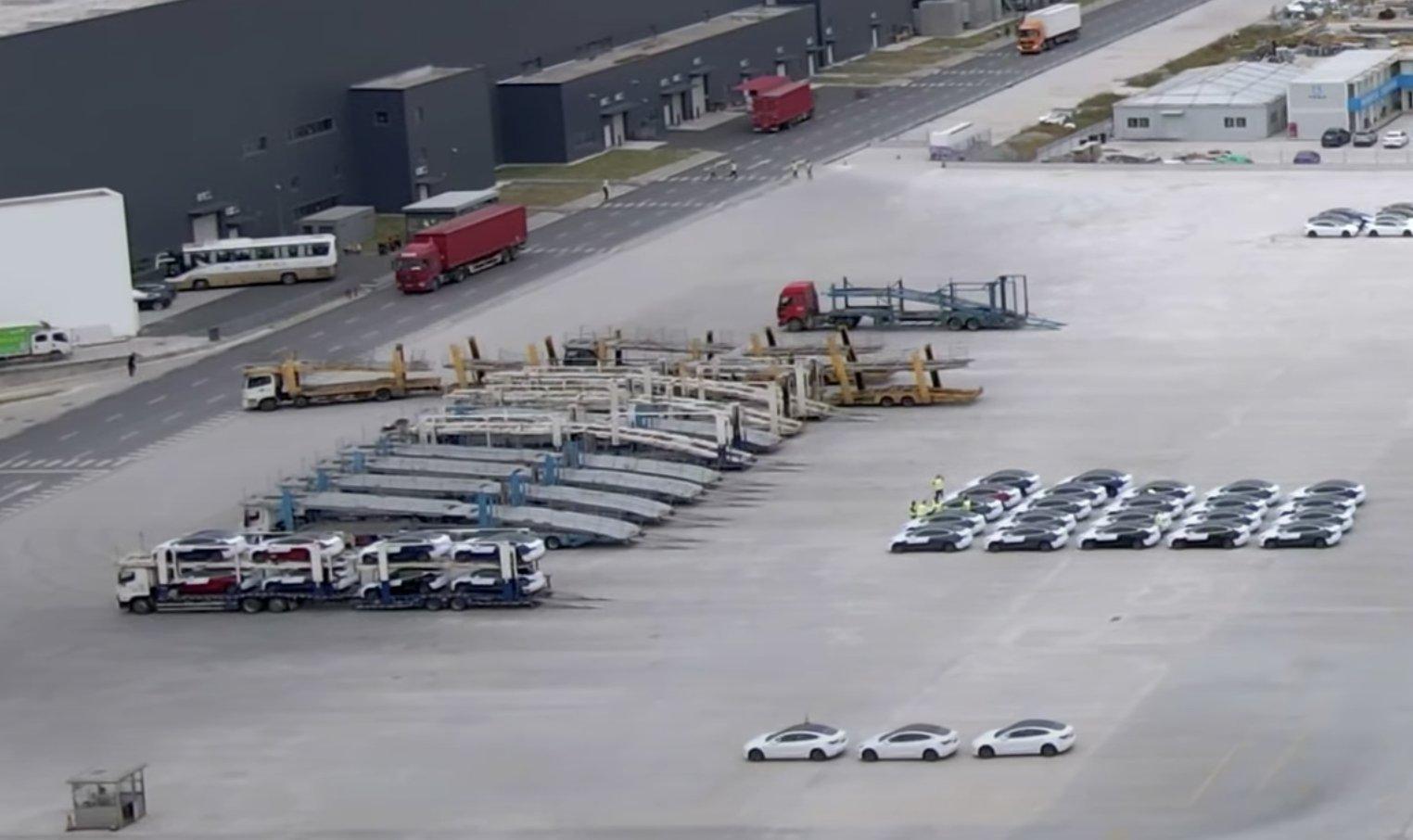Tesla начинает экспорт Model 3 из Gigafactory Shanghai