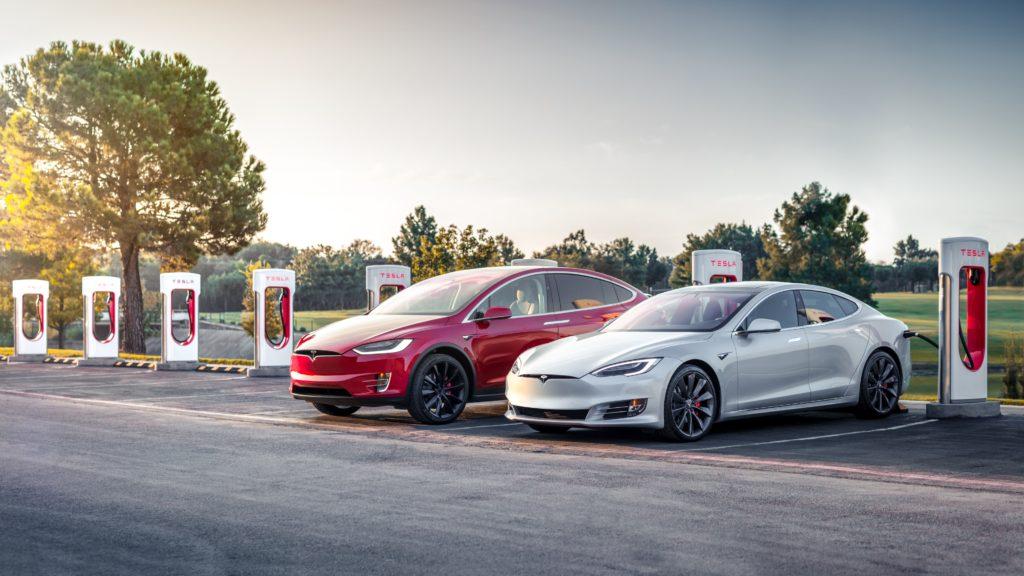 Tesla отзывает импортные флагманские автомобили в Китае
