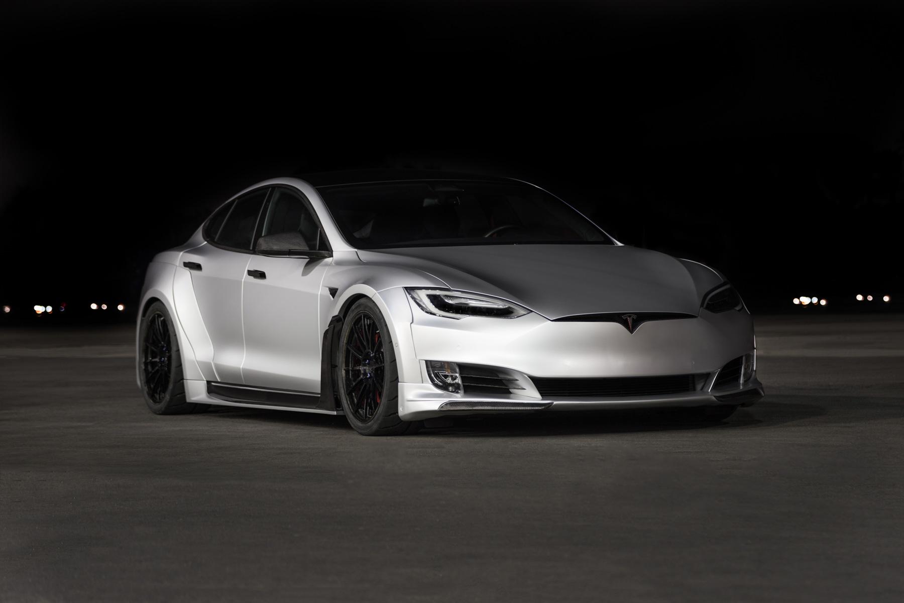 Tesla (TSLA) подняла целевую цену после рекордного квартала до 75 долларов