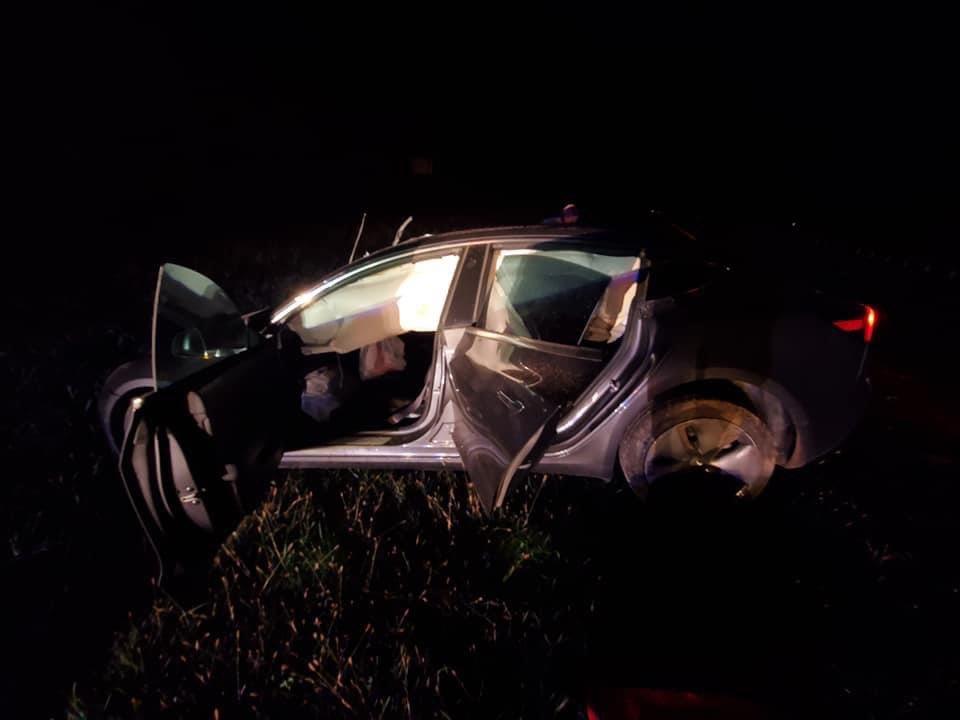 Владелец Tesla Model 3 ушел после лобового столкновения с пьяным водителем