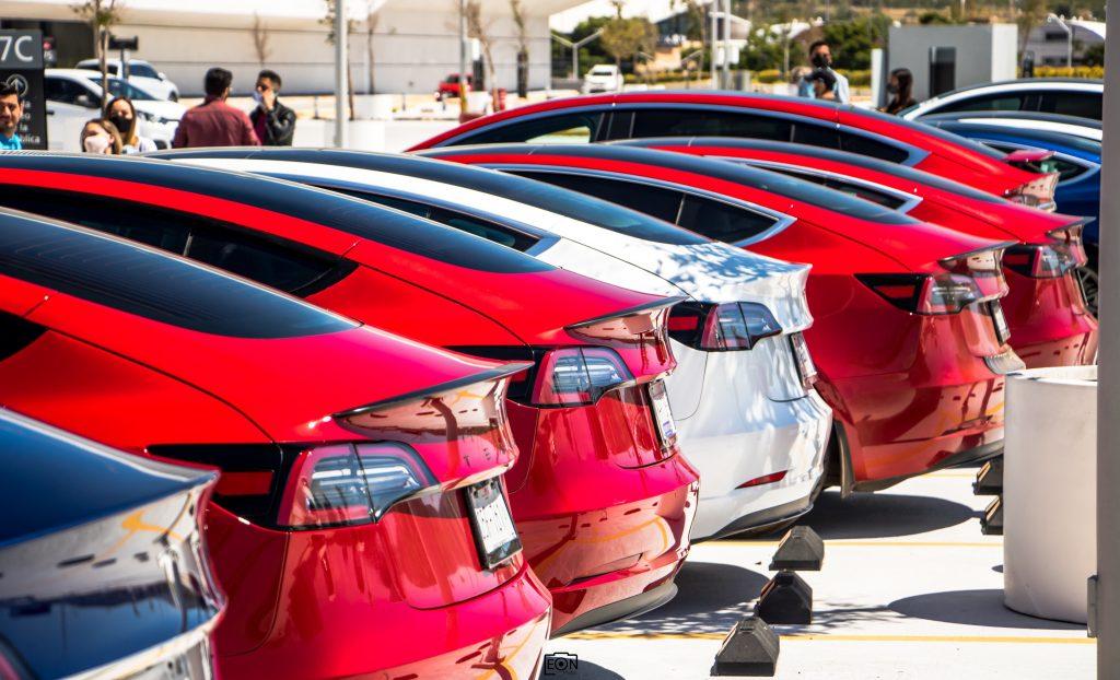 Забота о будущем делает Tesla одним из лучших мировых брендов 2020 года по версии Interbrand.
