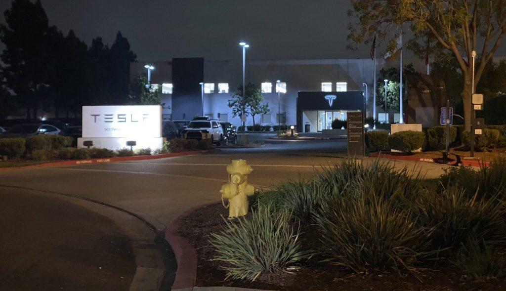 Завод Tesla по производству аккумуляторных элементов 4680 наращивает свою деятельность