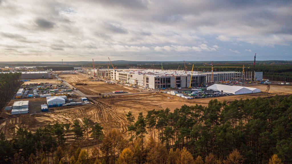 Аккумуляторный завод Tesla Giga в Берлине выйдет за рамки паритета цен по сравнению с бензиновыми автомобилями