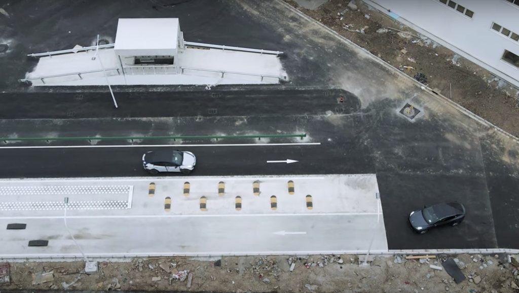 Готовая к производству Tesla Model Y замечена на испытательном полигоне Giga Shanghai