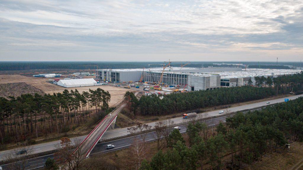 Строительство Tesla Giga в Берлине снова остановлено, поскольку госуправление требует залог в размере 100 млн евро