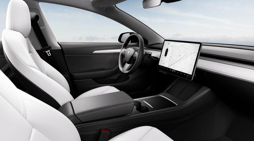 Tesla China Model 3 получит новый интерьер в стиле Y с подогревом руля