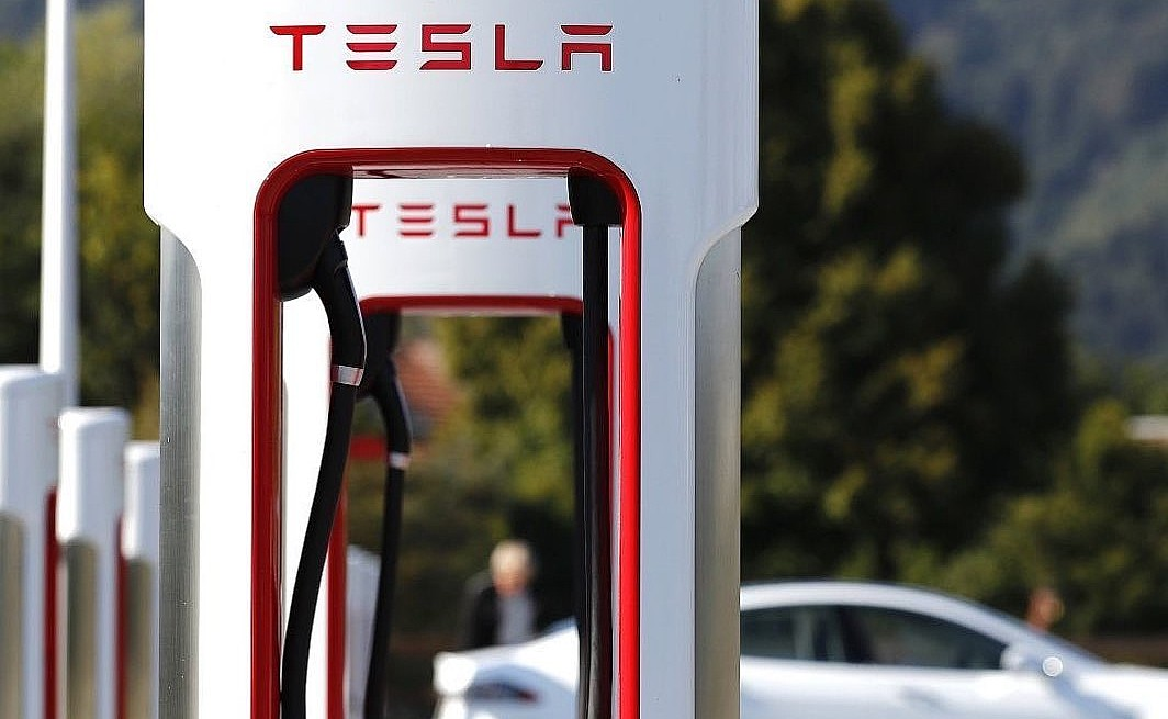 Новая карта Tesla Supercharger намекает на агрессивное расширение в 2021 году