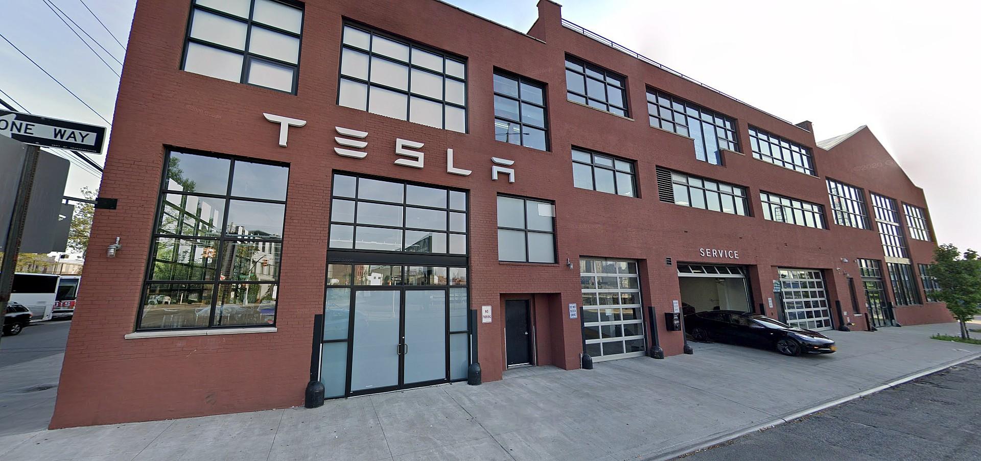 Tesla рассматривает массовые коммерческие площади в Сиэтле: слухи